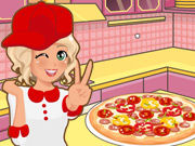 Play Mia Cooking Pizza