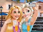 Play Elsa And Rapunzel Selfie Time